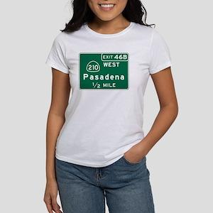 Pasadena, CA Road Sign, USA Women's T-Shirt