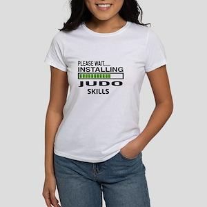 Please wait, Installing Judo Skill Women's T-Shirt