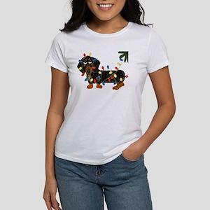 Dachshund (Blk/Tan)... Women's T-Shirt