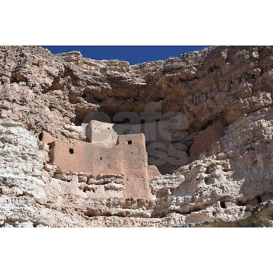 Montezuma's Castle cliff dwelling in Camp Verd