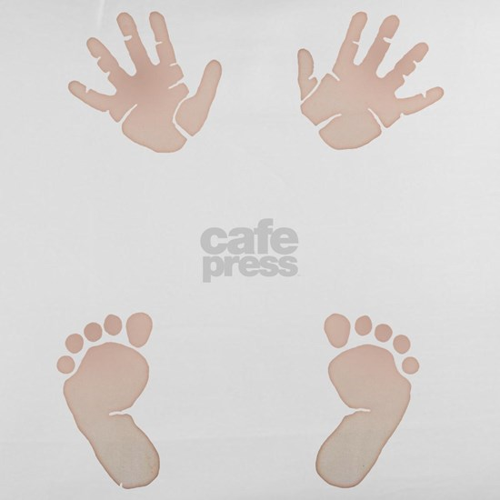 Baby_Hands_and_Feet_Maternity_Exc1