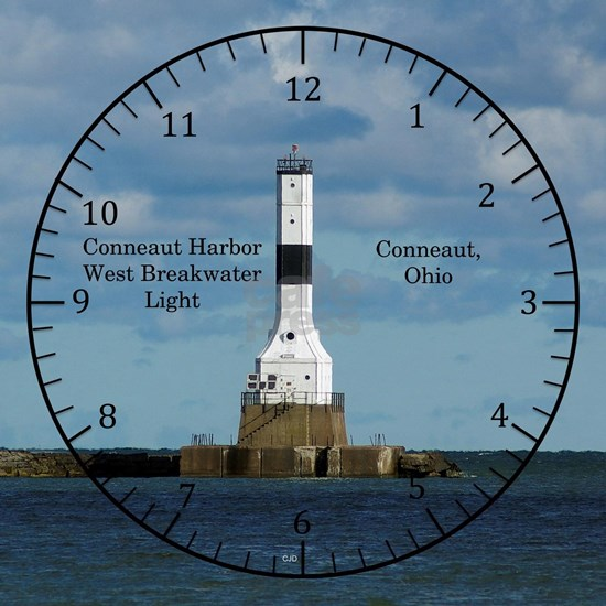 Conneaut Harbor West Breakwater Light clock