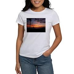 Dawin Sunset Women's T-Shirt