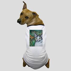 Tabby Cat eyes Monarch Butterfly Dog T-Shirt