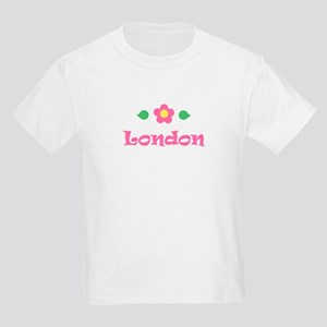 "Pink Daisy - ""London"" Kids T-Shirt"