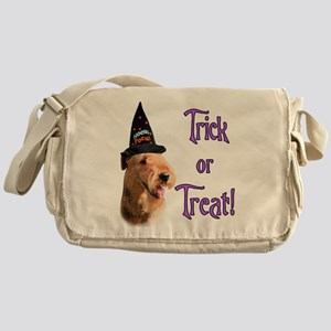 Airedale TerrierTrick Messenger Bag