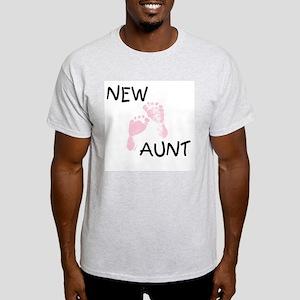 New Aunt (pink) Ash Grey T-Shirt