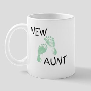 New Aunt (green) Mug