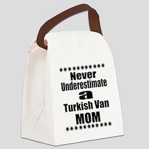 Never Underestimate turkish van C Canvas Lunch Bag