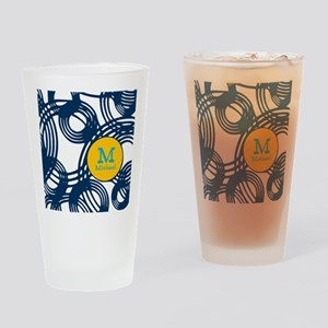 Lovely Monogram in a Pattern Background Drinking G