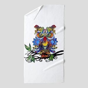wild owl Beach Towel