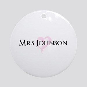 Own name Mr and Mrs set - Heart Mrs Ornament (Roun