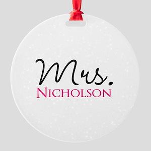 Customizable Mr and Mrs set - Mrs Round Ornament