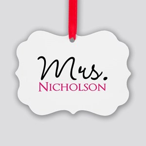 Customizable Mr and Mrs set - Mrs Picture Ornament