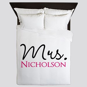 Customizable Mr and Mrs set - Mrs Queen Duvet