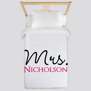 Customizable Mr and Mrs set - Mrs Twin Duvet