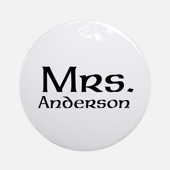Personalized Mr and Mrs set - Mrs Ornament (Round)