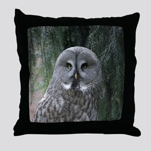 Owl002 Throw Pillow