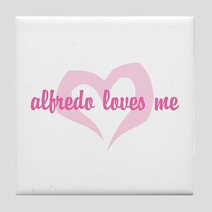 """Alfredo Loves Me"" Tile Coaster"