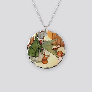 Alice in Wonderland009_SQ Necklace Circle Charm