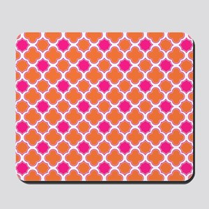 Quatrefoil Pattern Orange and Hot Pink Mousepad