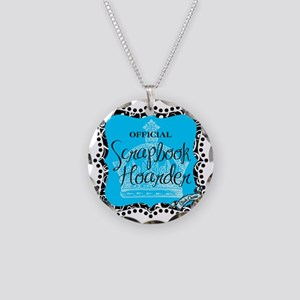 hoarder-mid Necklace Circle Charm