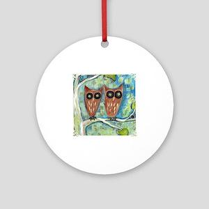 two_owls_cream Round Ornament