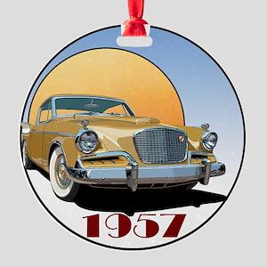 57GHawk-8trans Round Ornament