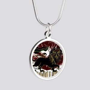 lioness2-1 Silver Round Necklace
