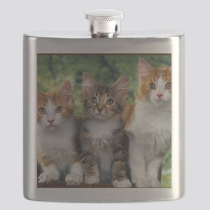 Tthree_kittens 16x16 Flask