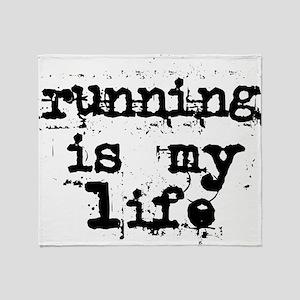 2-running_is_my_lifest_ut Throw Blanket