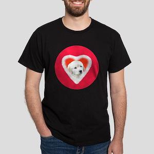 Golden Retriever Valentine Buttons an Dark T-Shirt