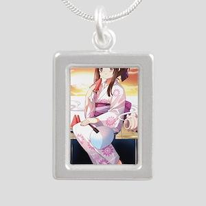 moe8 Silver Portrait Necklace
