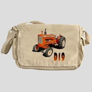 AC-D19-10 Messenger Bag