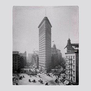 Flatiron Building Throw Blanket