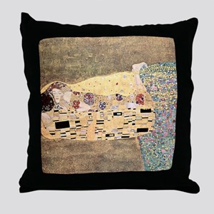 The_Kiss_Gustav_Klimt_2000sq_rot Throw Pillow
