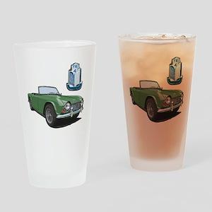 TR4green-10 Drinking Glass