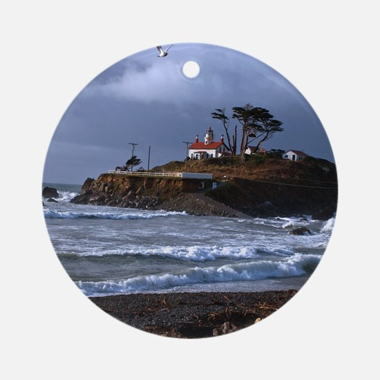 (14) battery point lighthouse  gull Round Ornament