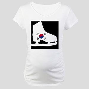 figureskateKRb Maternity T-Shirt