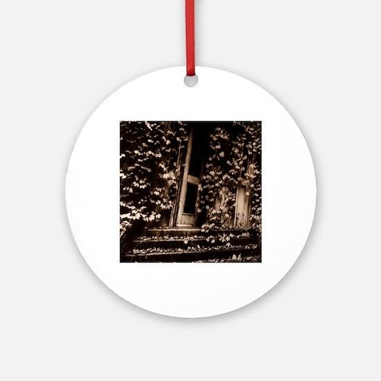 Ellis Island Retro Round Ornament
