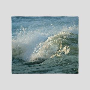 Upper Rapids wave curl Throw Blanket