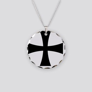 Cross Formee - Black Necklace Circle Charm
