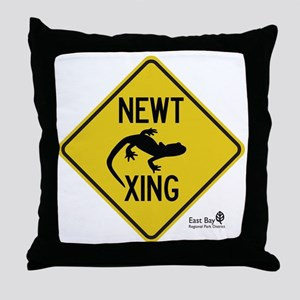 newt-xing Throw Pillow