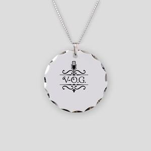 A-VOGWHITELG Necklace Circle Charm