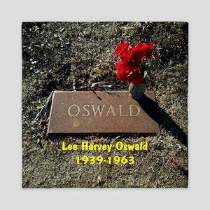 Lee Harvey Oswald 1939-1963(button) Queen Duvet