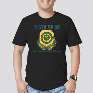 795thMPBNFLWT Men's Fitted T-Shirt (dark)