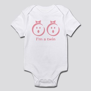 """I'm a twin"" (girl) Infant Bodysuit"