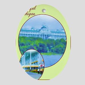 2-Beautiful MacHotel_Collage-bleed Oval Ornament