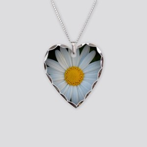 Standout Daisy  Necklace Heart Charm