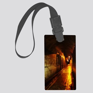 Covered Walk in Whitechapel Large Luggage Tag